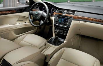 Skoda Superb II Combi interior