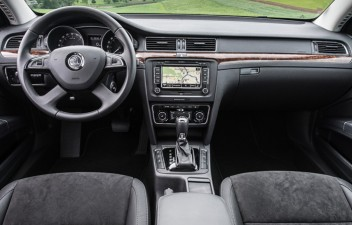 Škoda Superb II Combi interier